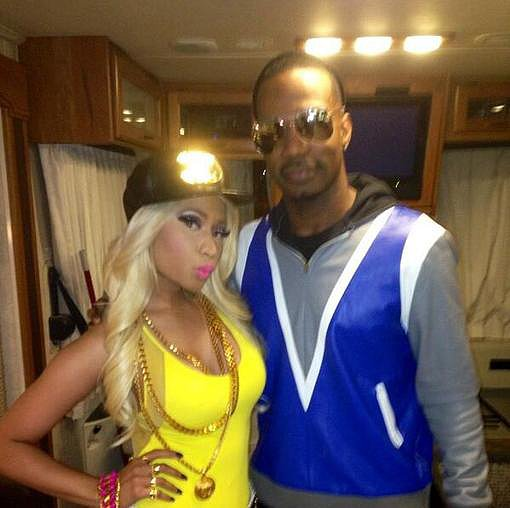 Nicki Minaj posed with Juicy J in her tour bus before a big video shoot. Source: Twitter user NICKIMINAJ