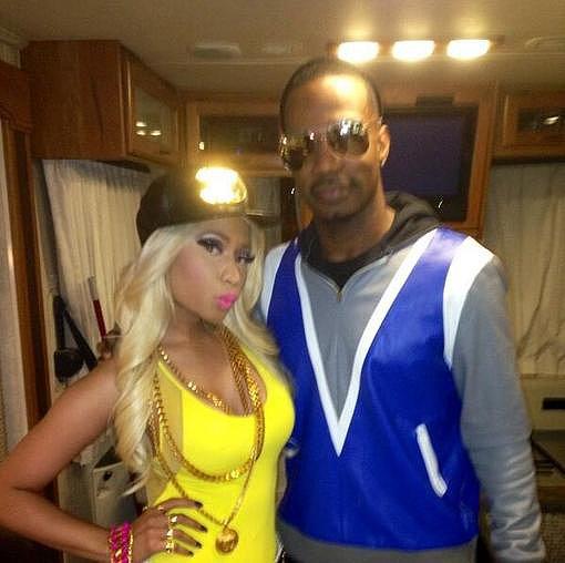 Nicki Minaj posed with Juicy J in her tour bus before a big video shoot. Source: Twitter user NICKIMINAJ
