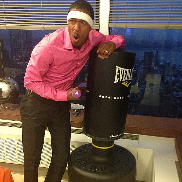 Nick Cannon got inspired to work out in his office. Source: Instagram user nickcannonogram