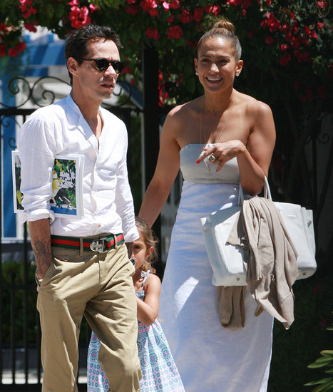 Jennifer Lopez and Marc Anthony walked with Emme.