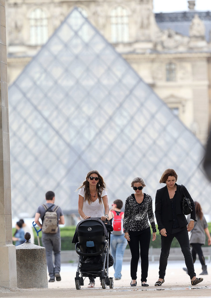 While visiting Paris, Vivian Brady was exposed to all of the important sites, like the Louvre, with her mom, Gisele Bündchen.