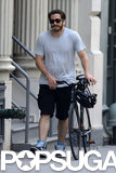Jake Gyllenhaal walked his wheels around NYC in June 2013.