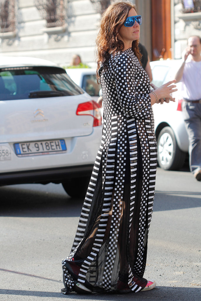 Mirrored shades (we're sensing a theme here) and a printed maxi made for a laid-back but very cool bit of street style.