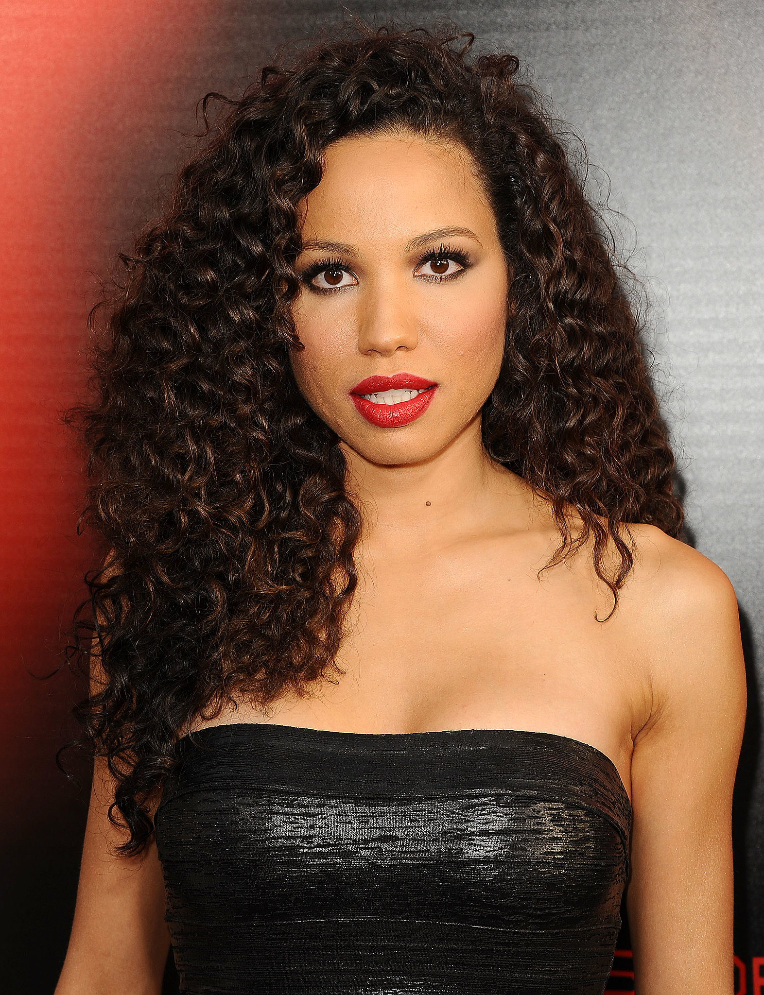 You may remember jurnee smollett from full house but she for Beauty full home