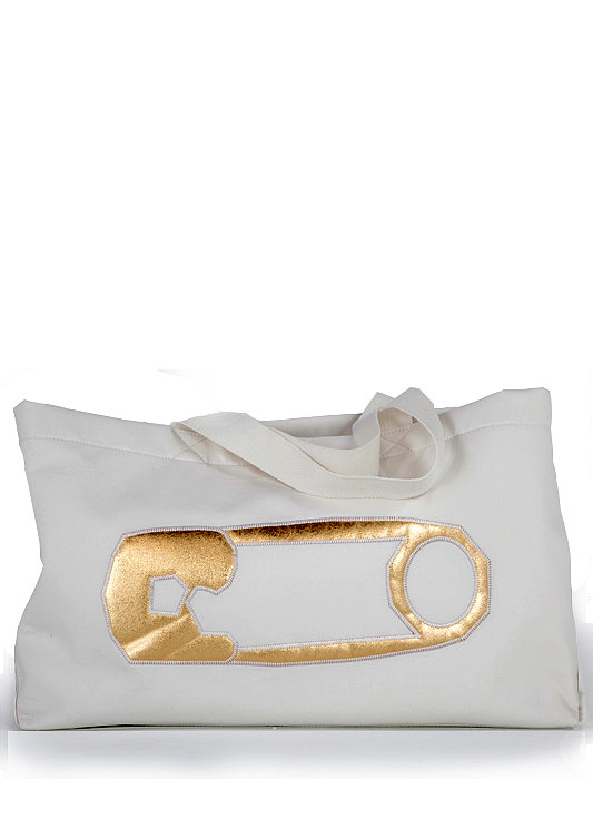Rosie Pope's Malibu Diaper Bag ($98) is at once baby-friendly and chic.