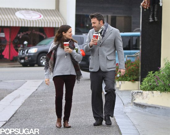 Jennifer Garner and Ben Affleck shared a look during a coffee run in December 2012.