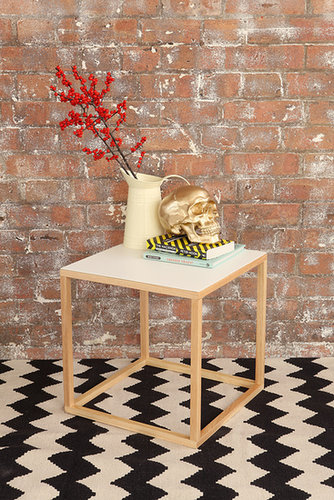 White Cubo Table