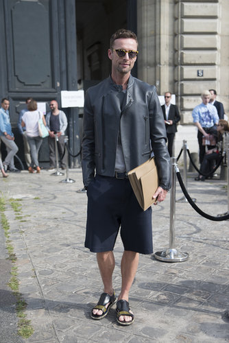 Men needn't wear trousers to feel formal. This gent's crisp shorts felt almost office appropriate.