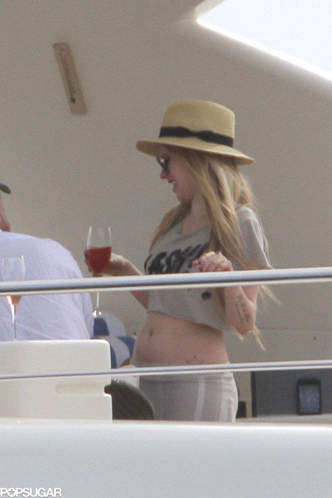 Avril Lavigne & Chad Kroeger, iate. 5ff3612dd0926db2_117715_077_wm.xxxlarge