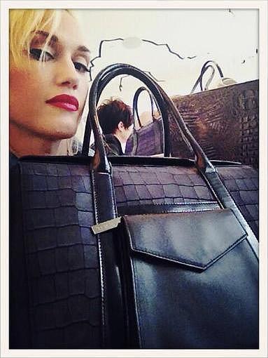 Gwen Stefani showed off one her new Lamb handbag designs. Source: Twitter user gwenstefani