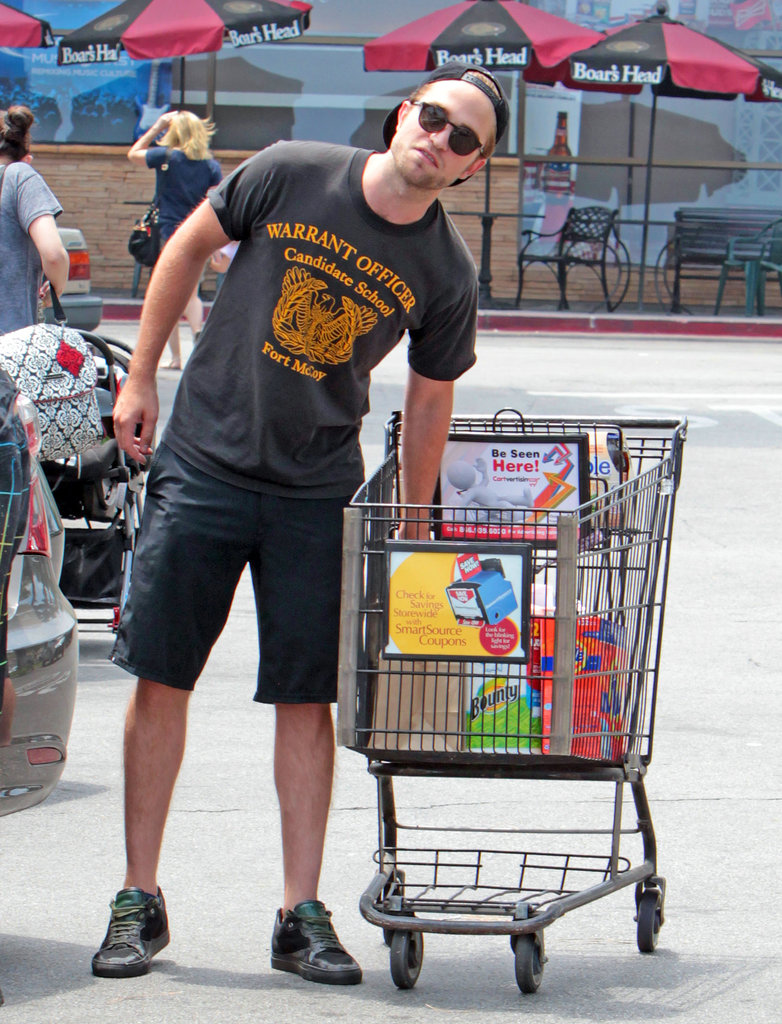 Robert Pattinson made a run to the grocery store in Beverly Hills.