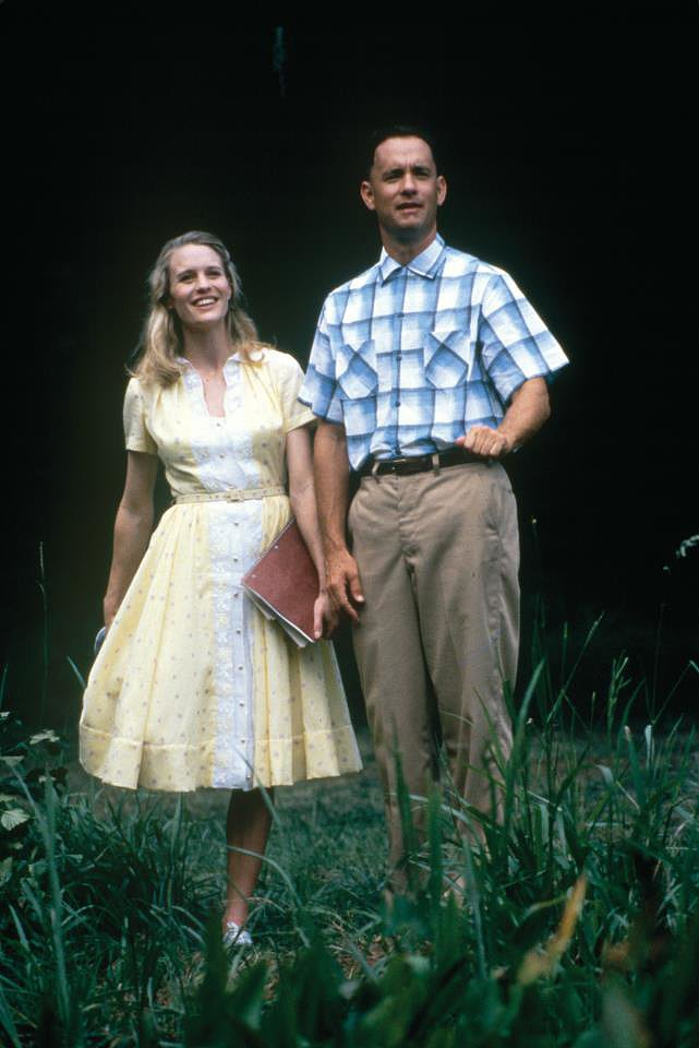 "Forrest Gump Forrest Gump: ""I'm not a smart man, but I know what love is."""