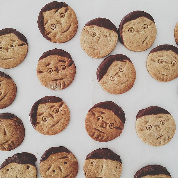 Cookies with faces and hair made from chocolate — where can we get a batch of these?  Source: Instagram user monchouchou