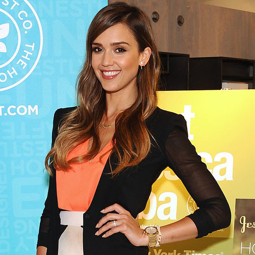 Jessica Alba Book Signing Outfit | Video