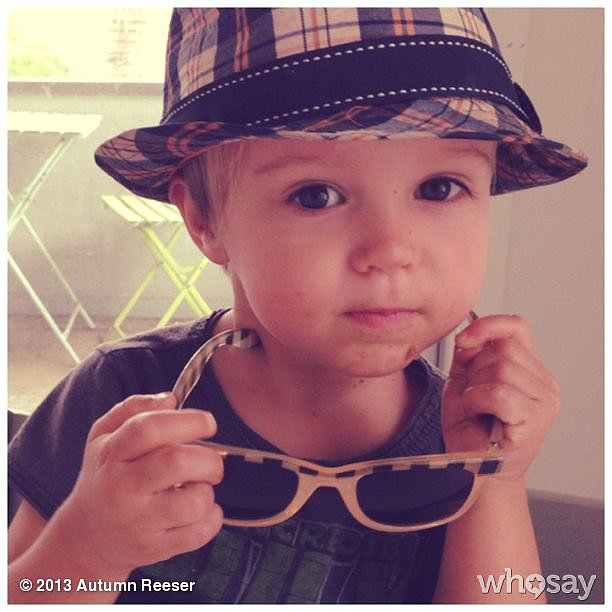 Autumn Reeser had a dapper-looking Finn Warren waiting for her to return home. Source: Instagram user autumn_reeser
