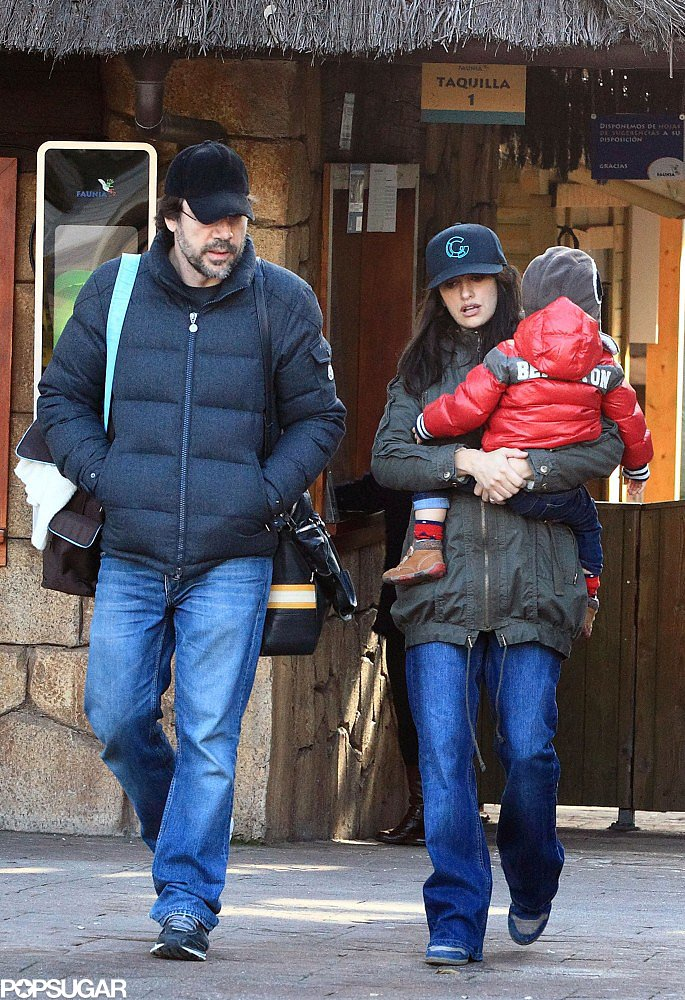 In January 2013, Penélope Cruz and Javier Bardem took a walk with their son Leo in Madrid.