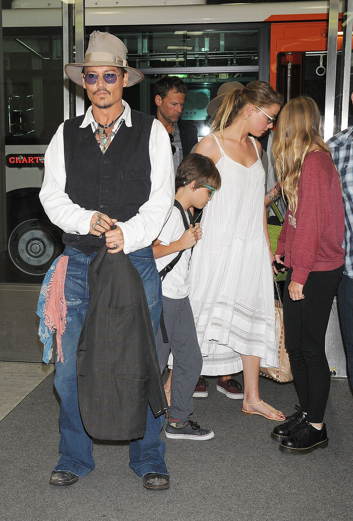Amber Heard Helps Johnny Depp With His Parental Duties in Tokyo