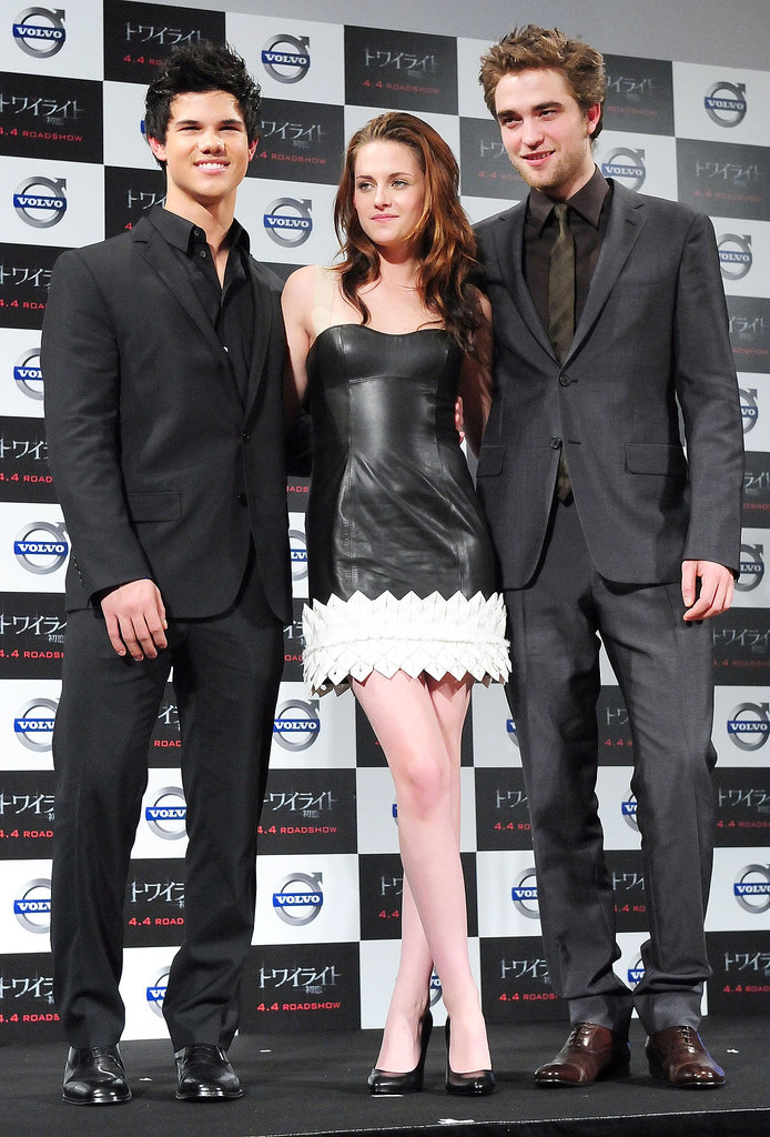 In 2009, Stewart was all smiles rocking an edgy Paule Ka black leather mini while promoting Twilight in Tokyo — and who wouldn't be when sandwiched between Taylor Lautner and Robert Pattinson?