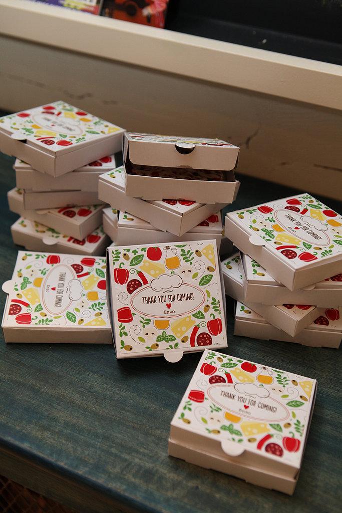 Pizza Box Favors