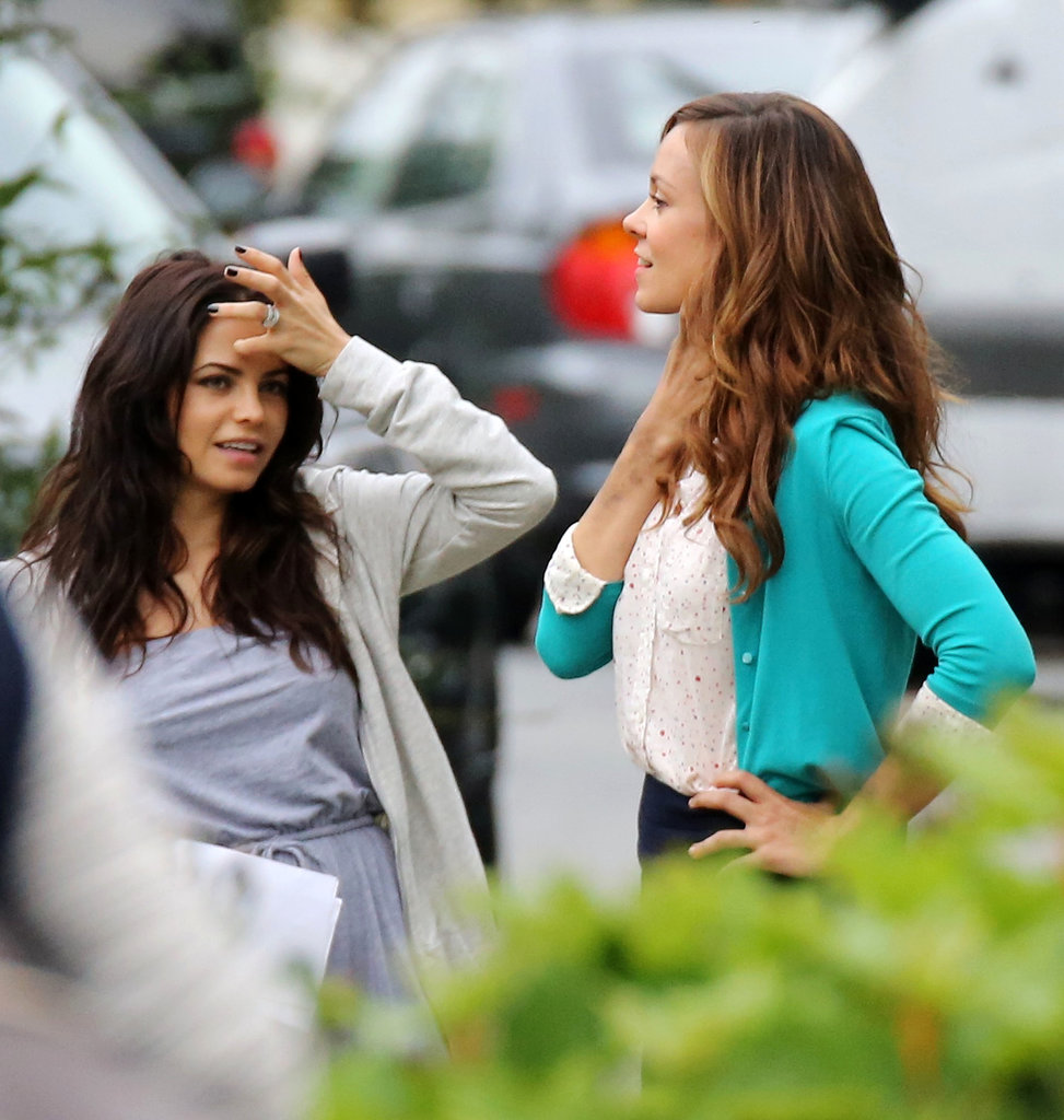 Jenna Dewan and Rachel Boston talked between takes.