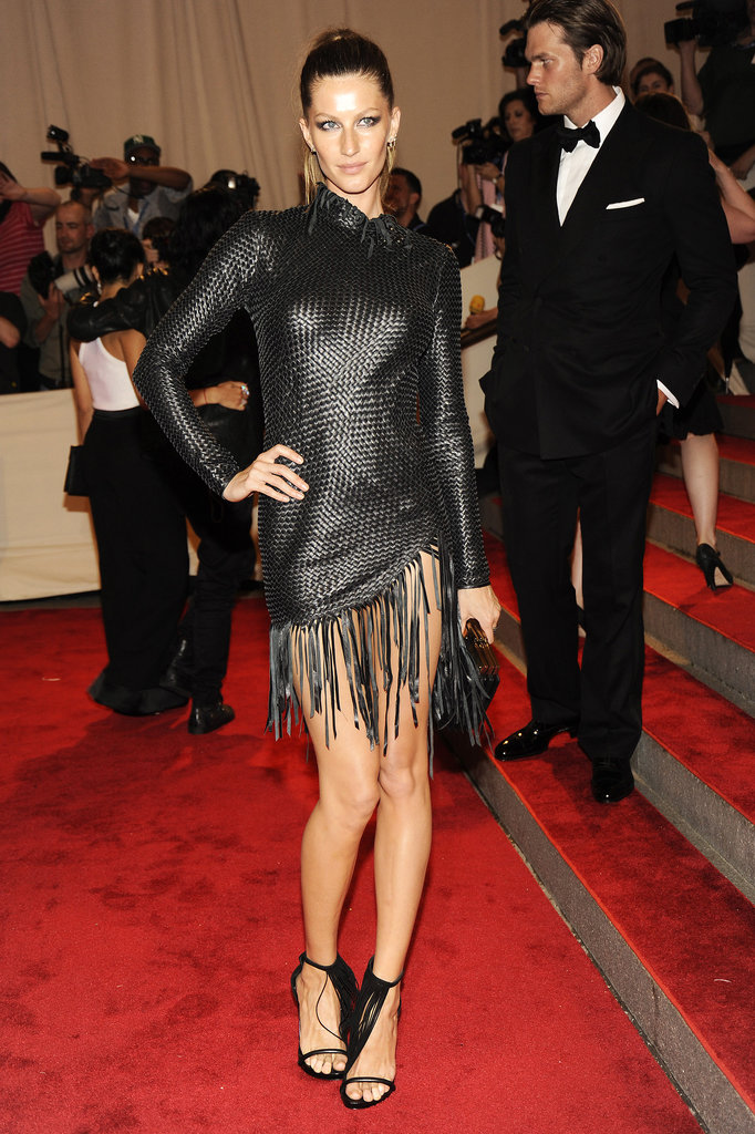 The Brazilian beauty brought major edge to the 2010 Met Gala red carpet, swapping her body-hugging gowns for this woven leather Alexander Wang with a playful fringed hem and coordinating strappy sandals.