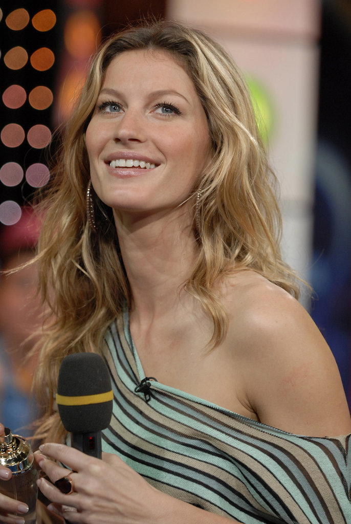 Gisele's neutral eye shadow and glossy lips allowed her natural beauty to shine at an appearance on TRL in 2006.