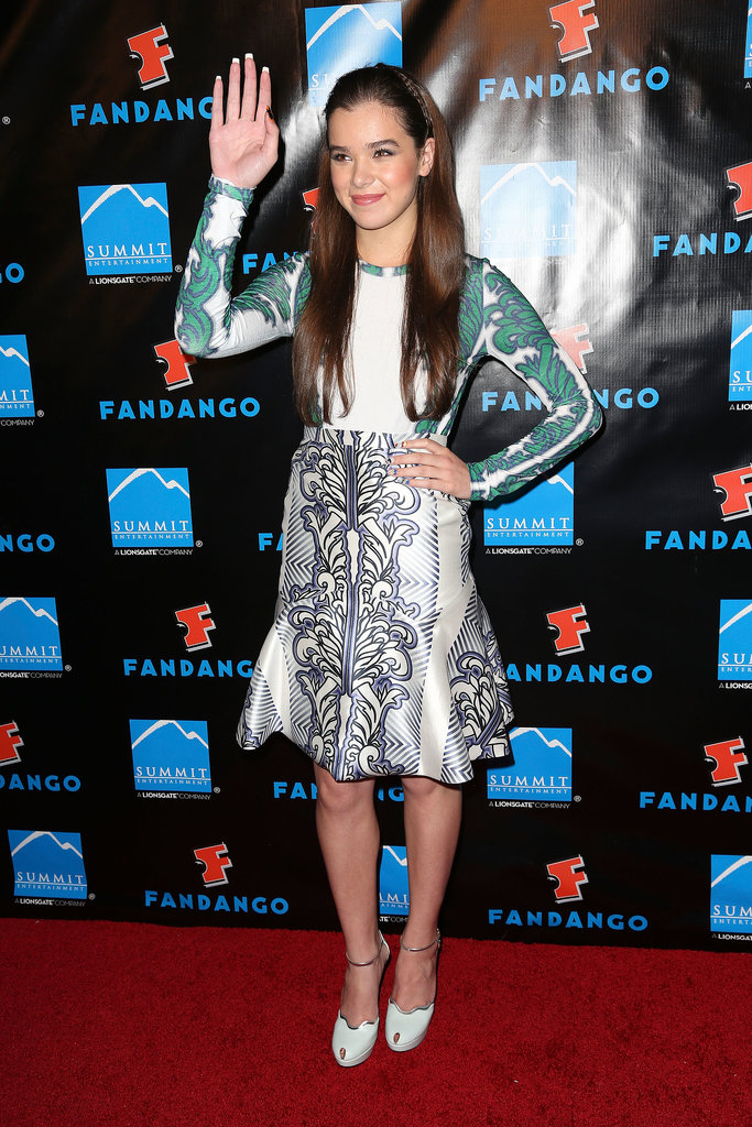 Prints, please. Steinfeld wore a printed top and skirt from Bibhu Mohapatra's Resort 2014 collection for an event hosted by Summit Entertainment.