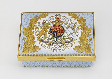 Commemorate the arrival of His Royal Highness and Queen Elizabeth II's Diamond Jubilee with an intricately detailed Diamond Jubilee Rectangular Box ($499).