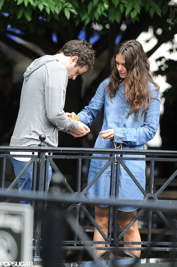 Katie Holmes and Luke Kirby filmed a scene where they exchanged pills on the street on Tuesday.