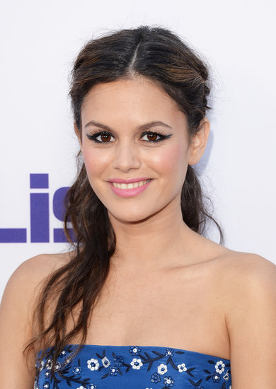 Rachel Bilson's stunning hair and makeup at The To Do List premiere is on our must-copy list. Her makeup featured an exaggerated cat eye with pink lips, while her hair was braided on either side and pulled back into a tousled half-updo.