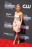 The Carrie Diaries star AnnaSophia Robb received the Female Superstar of Tomorrow Award.