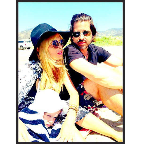 Skyler Berman soaked up his last days of Summer vacation in Malibu with his parents.  Source: Instagram user rachelzoe