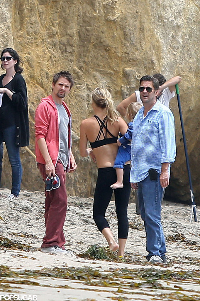 Kate Hudson was accompanied by her fiancé, Matthew Bellamy, and son Bingham Bellamy on the beach.