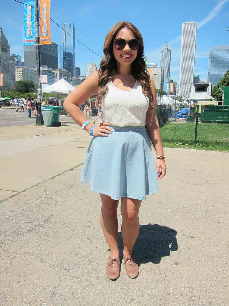 For the amount we saw, denim may as well have been an official Lollapalooza sponsor. Still, it was rare to spot the material in anything other than cutoff shorts, so we were thrilled to see Mary sporting a light denim American Apparel skirt.