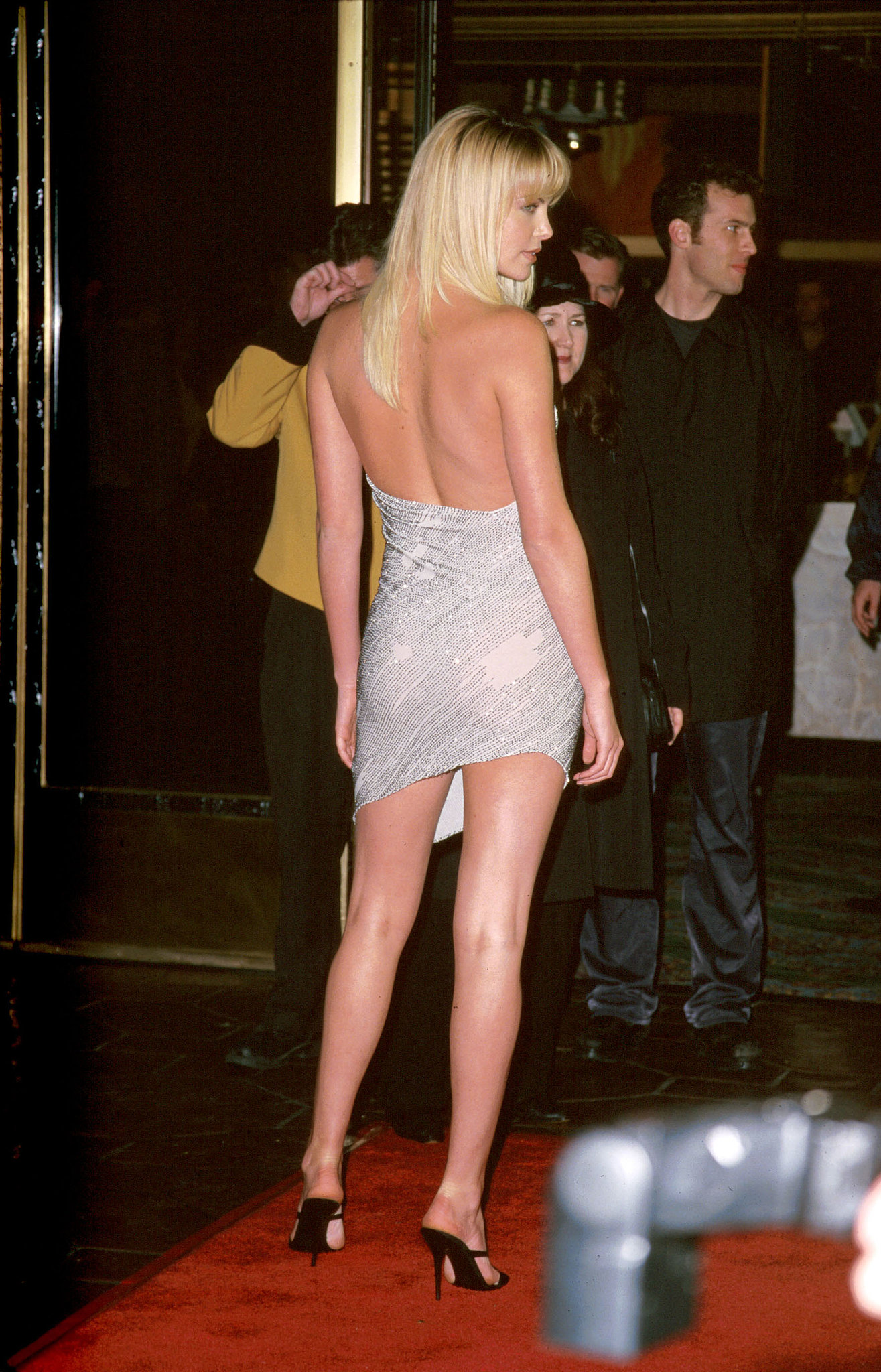 charlize theron bared her back and legs at the la premiere of reindeer