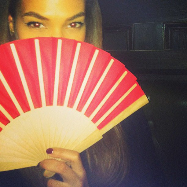 It was red nails and a red fan for Joan Smalls. Source: Instagram user joansmalls