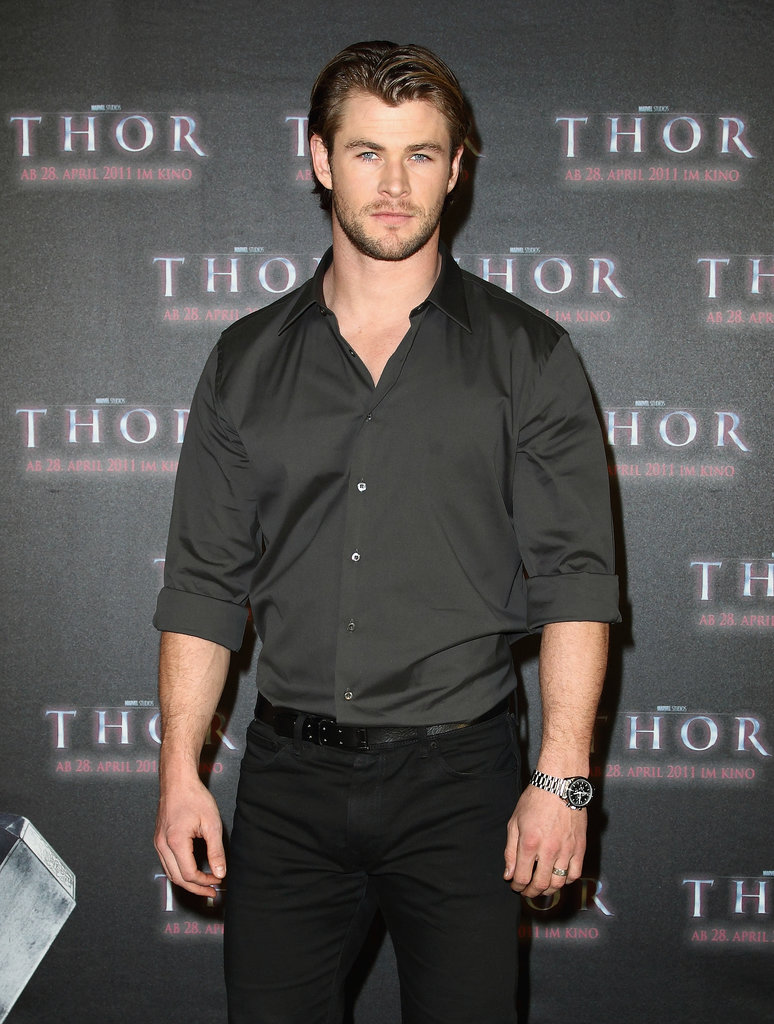 Chris got serious about promoting Thor at the Munich photo call in April 2011.