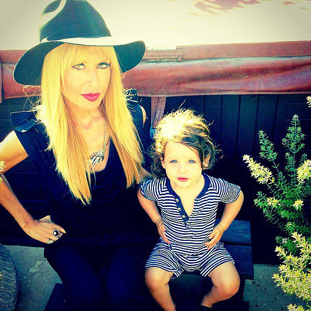 Rachel Zoe struck a pose with her accomplice, Skyler. Source: Instagram user rachelzoe