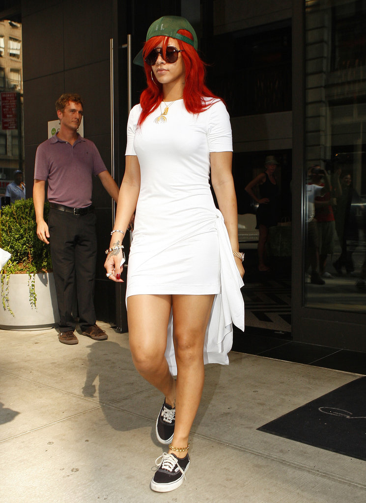 Discussion: Fashion Icon Rihanna's Best Outfits - Classic ATRL