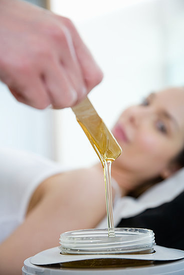 The very mentioning of bikini wax can induce thoughts of discomfort, but we have 10 tips to make your waxing experience less painful.