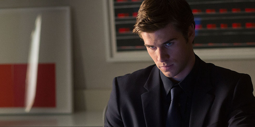 There's More to Paranoia Than Just Liam Hemsworth Looking Dead Sexy