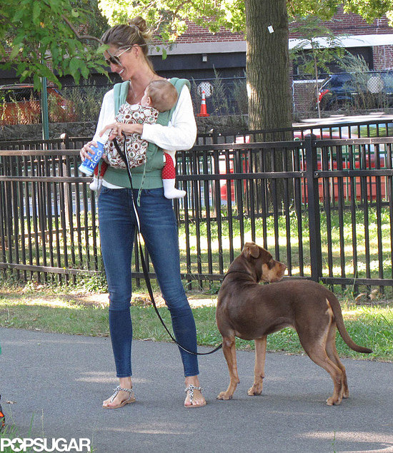 Gisele Bündchen took her daughter, Vivian, for an early-morning walk in Boston.