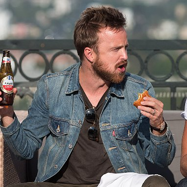 Aaron Paul Drinking Beer | Pictures