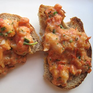 Bruschetta With Shrimp, Tarragon, and Arugula