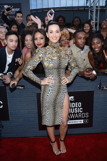 Katy Perry Roars Her Way Into The VMAs
