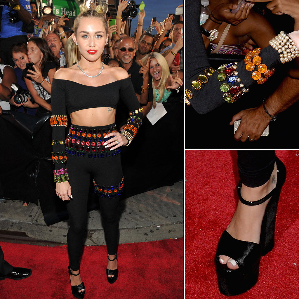 Miley Cyrus Outfit at VMAs 2013 | Pictures