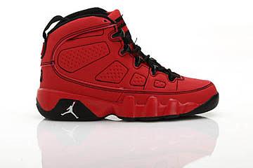 Boys kids air jordan 9 Motorboat Jones Challenge red/white/black nike shoe