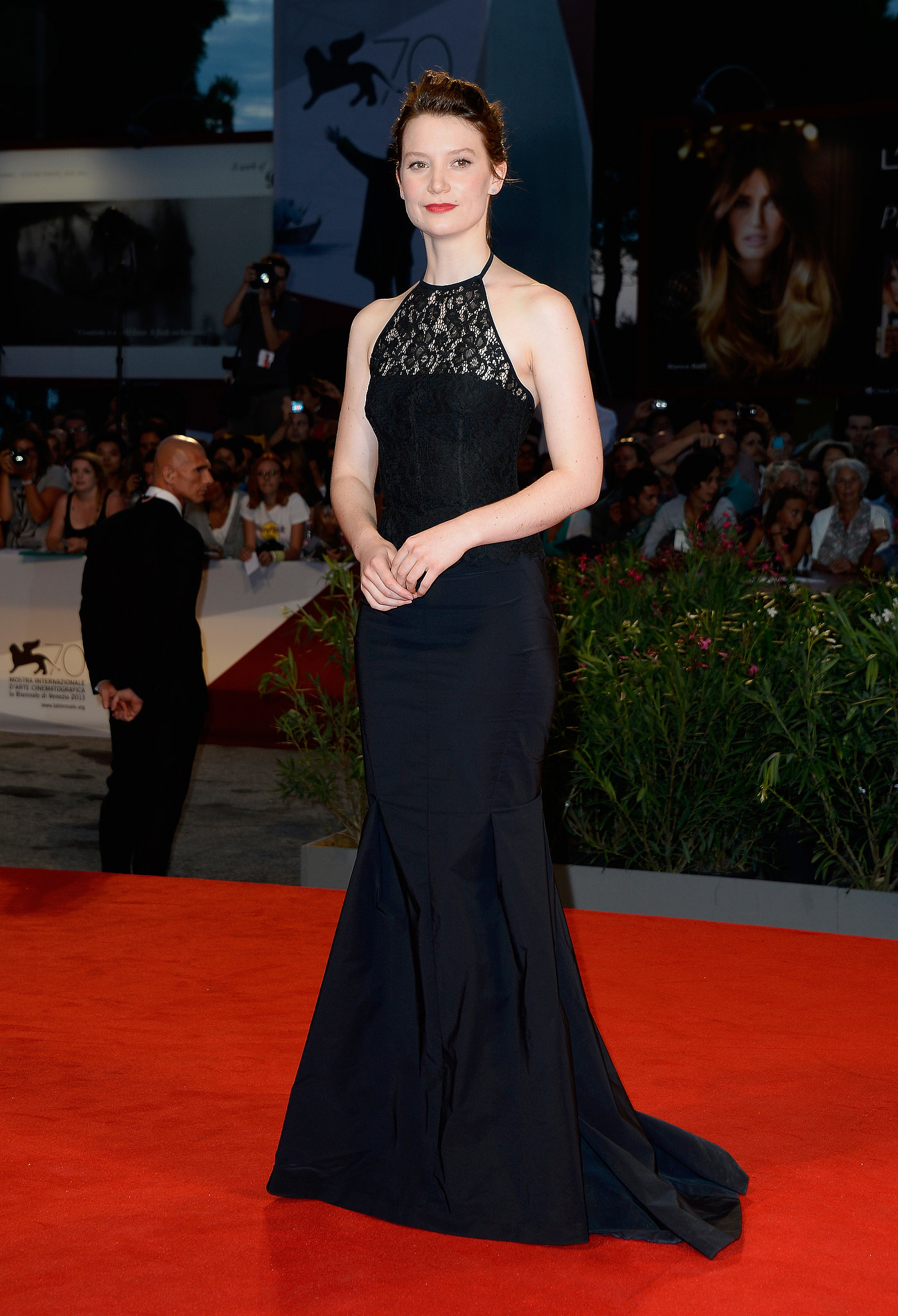 Mia Wasikowska made a dramatic entrance on the Venice Film Festival red carpet