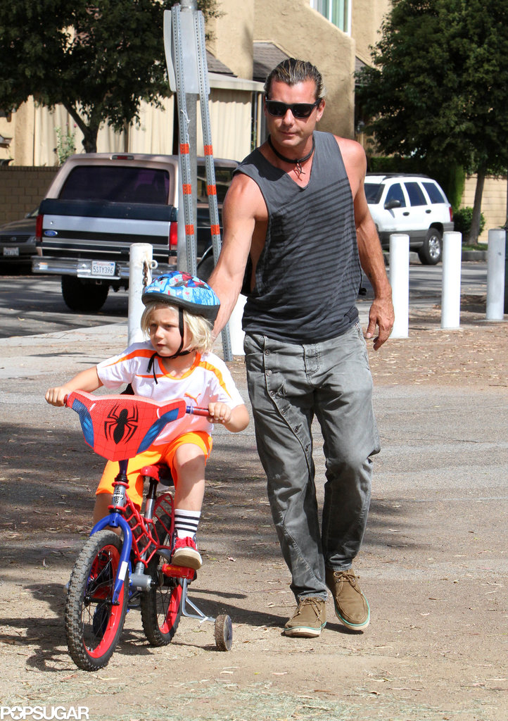 Gavin Rossdale took his son Zuma for an LA bike ride.