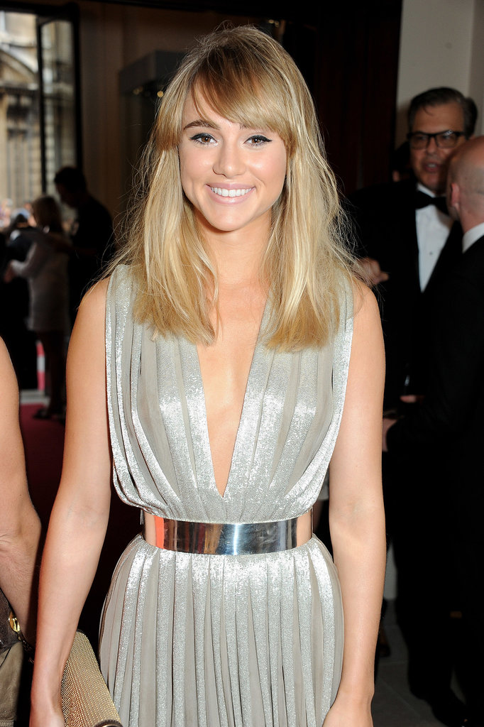 Following the release of her Burberry Brit Rhythm ad, Suki Waterhouse looked darling with sideswept bangs and some sexy cat eyeliner.